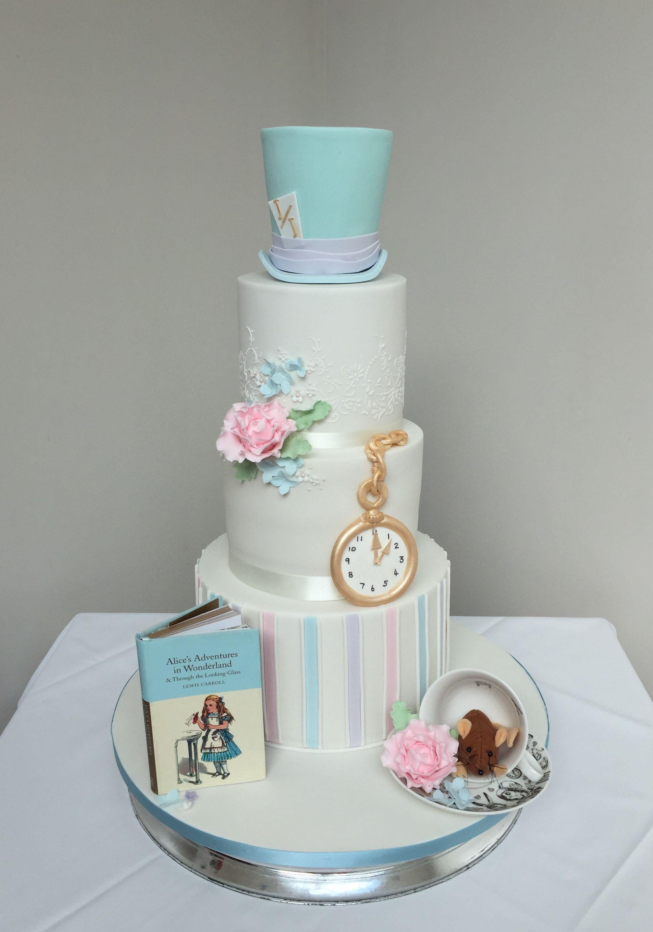 Alice In Wonderland Inspired Wedding Cake Alice In Wonderland
