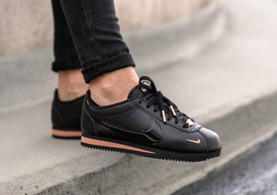 a482c8c1f33e6 Nike Cortez femme Premium 72 Mini Swoosh Black Rose Gold on feet ...