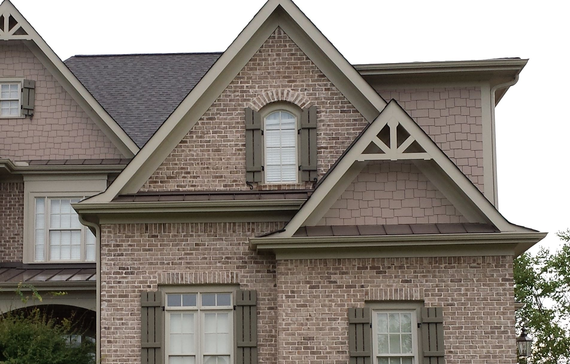 Decor Gable Decorations Reviewed Victoria Style House With Artistic Shapes  Like A House Built In The