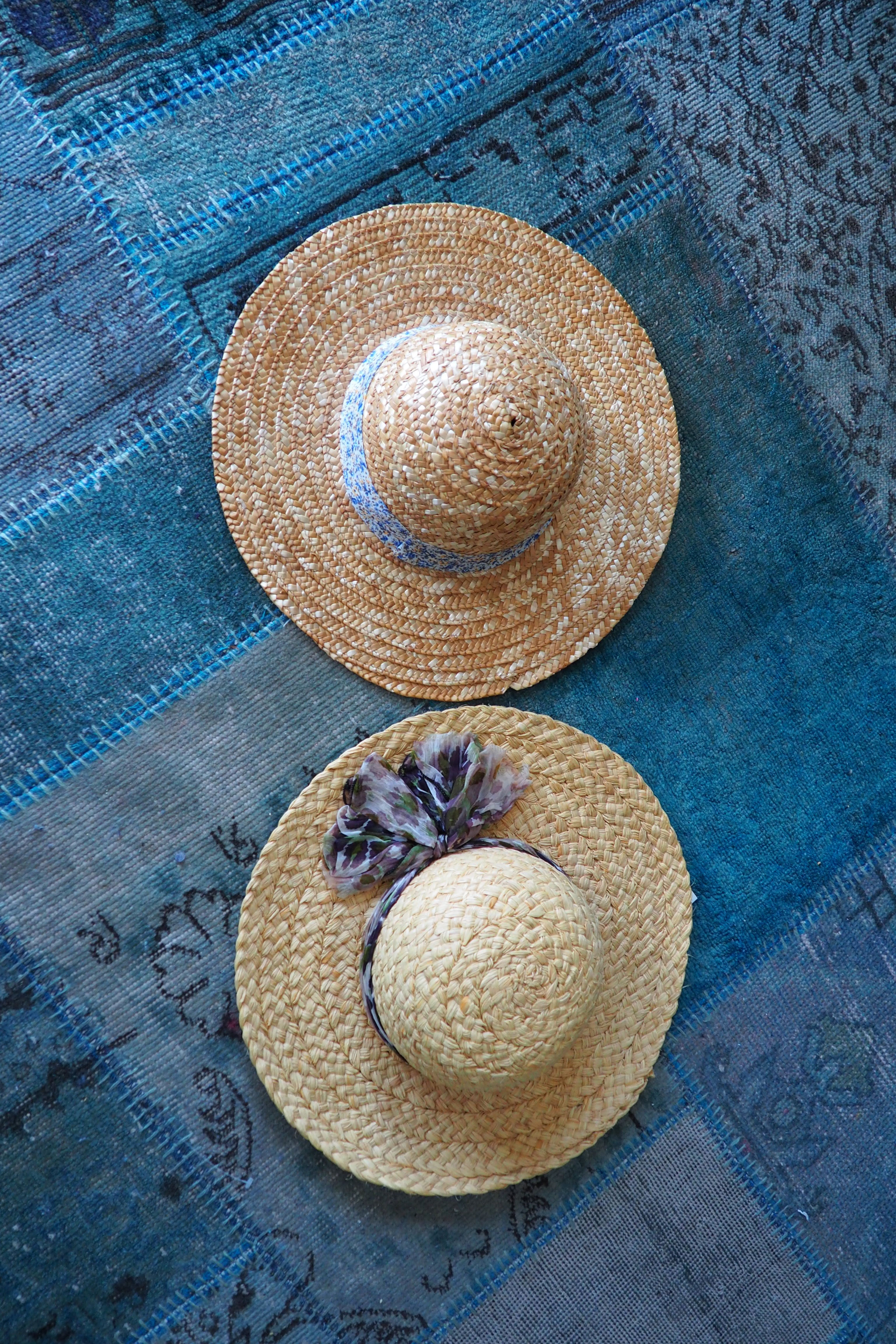 Vintage Sun Straw Hats with Floral Fabric. Sustainable Summer Style Vintage Sun Straw Hats with Floral Fabric. Sustainable Summer Style form