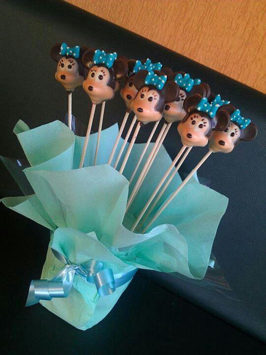 Minnie chocolate lollipops