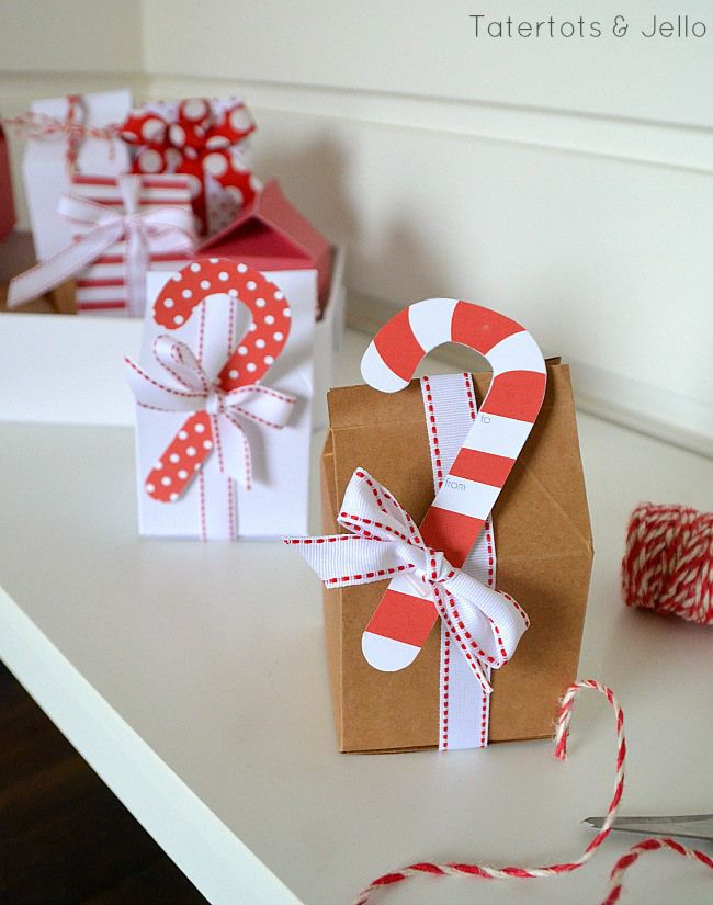 Easy creative gift wrapping and free printable holiday gift tags easy creative gift wrapping and free printable holiday gift tags negle Image collections