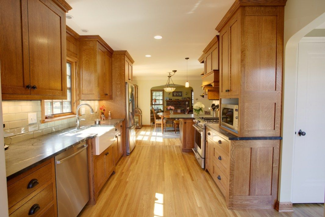 Parade Of Homes Remodelers Showcase Twin Cities Tudor Kitchen - Tudor kitchen remodel