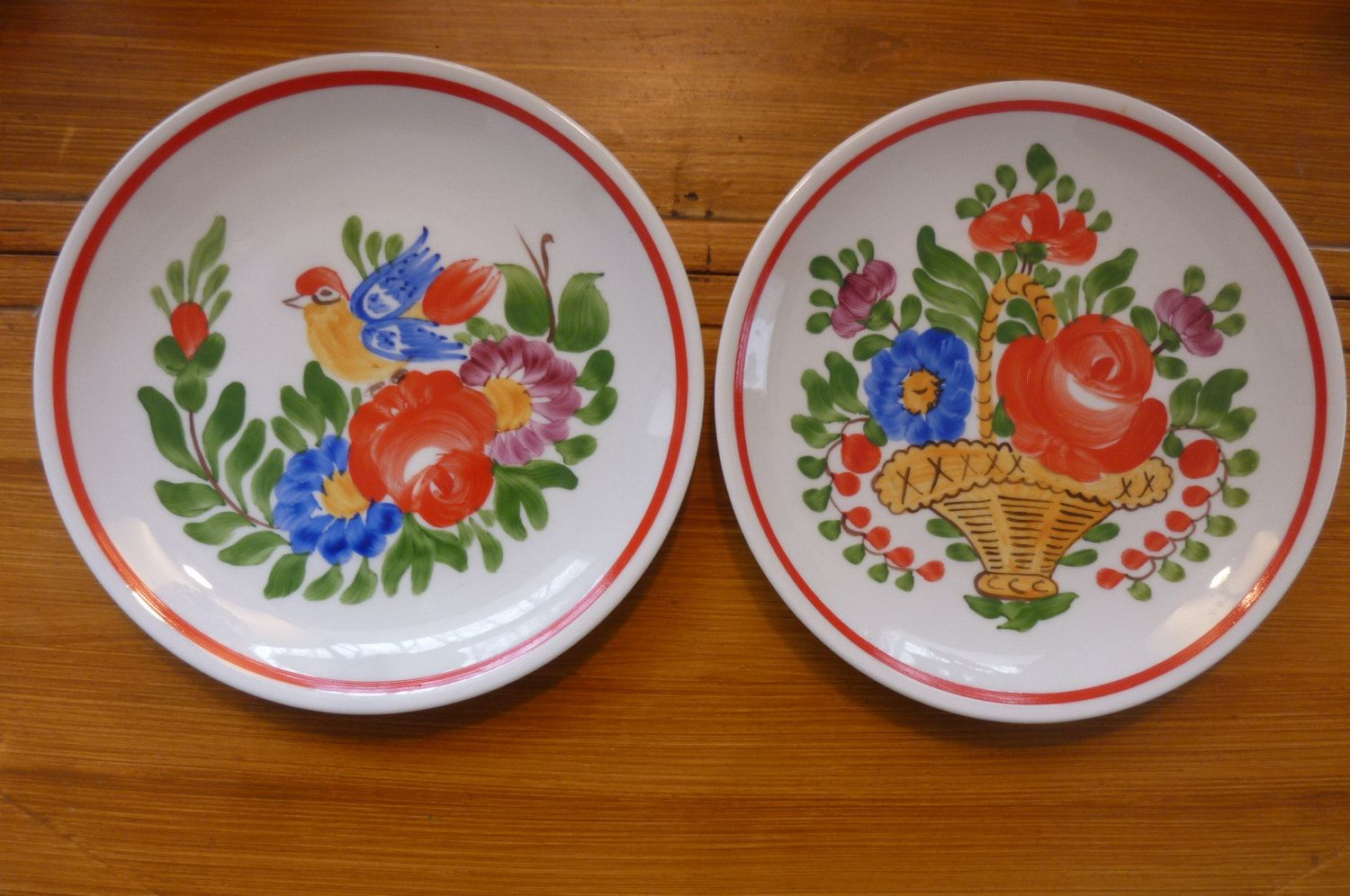 Vintage Hungarian Porcelain Folkloric Hand Painted Decorative Plates Set of 2 Traditional Hungarian Design Made by & Vintage Hungarian Porcelain Folkloric Hand Painted Decorative Plates ...