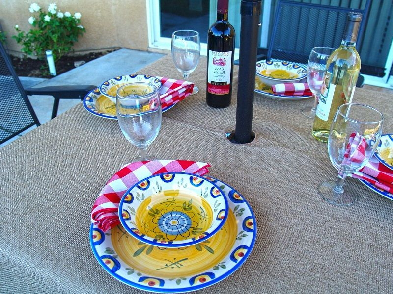 Wonderful Outdoor Tablecloths With Umbrella Hole And Zipper ~ Http://lanewstalk.com/
