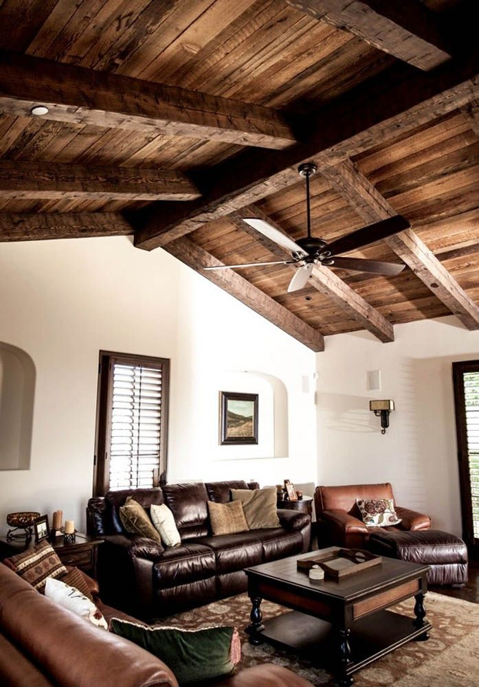 This Living Room Ceiling Has A 10x16 Ridge And 8x12 Rafters The Beams Were Stained With A Dark Brown Wax Finish The Wood Beam Ceiling Cottage Interiors Beams