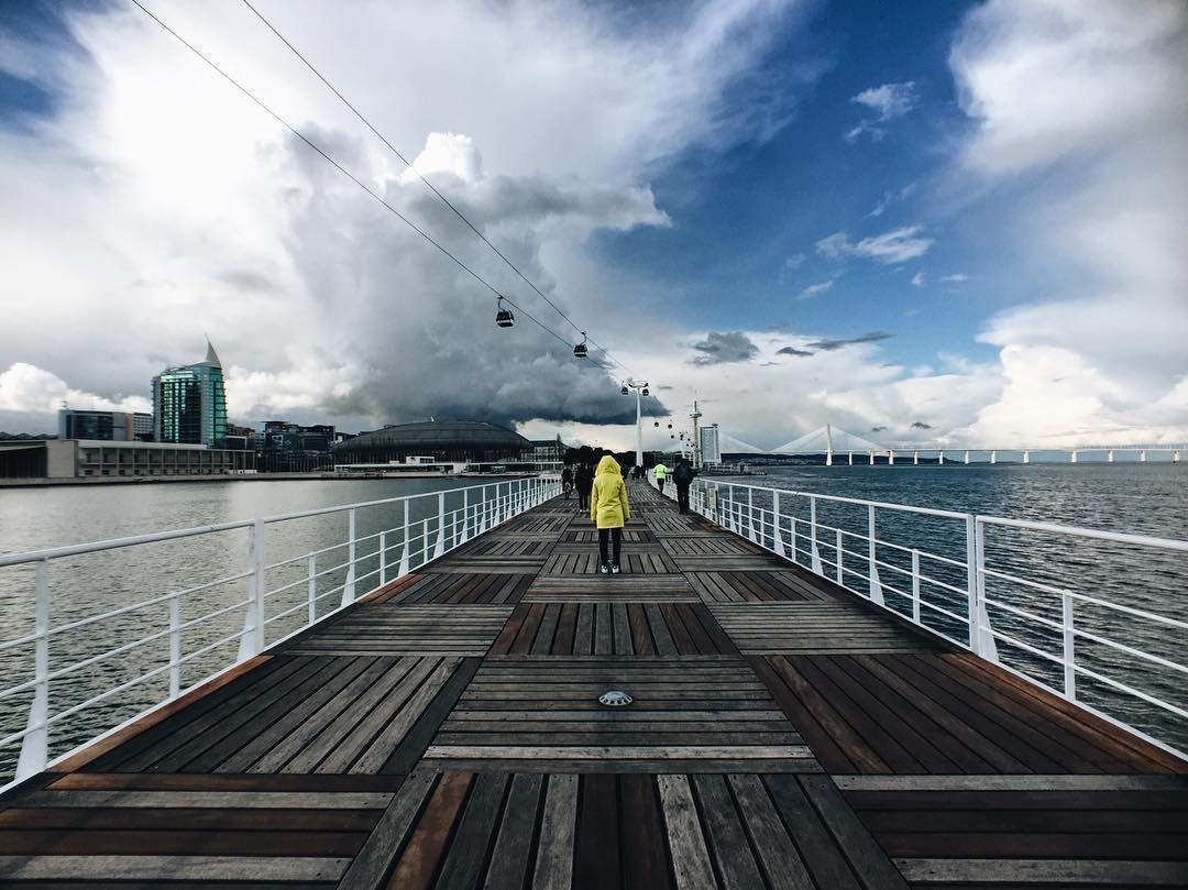 Sigam o capuchinho amarelo  @little.yellow.rain.coat by ibrandling http://ift.tt/22tAkyo