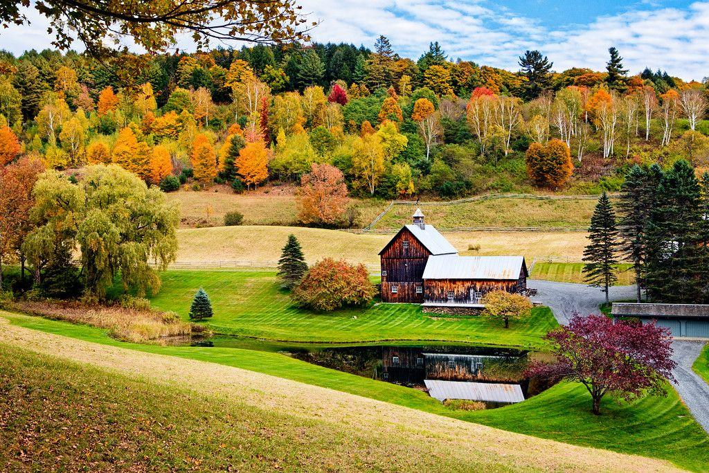 Sleepy Hollow Farm Barn in Pomfret VT Farm barn, Farm