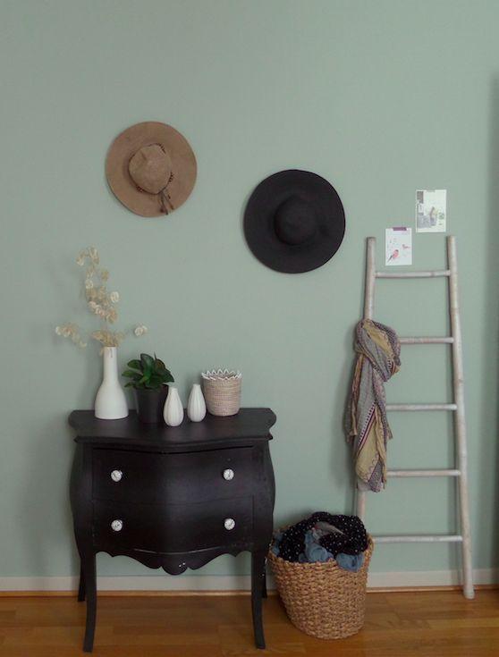 r sultat de recherche d 39 images pour vert de gris peinture painting pinterest ethnic chic. Black Bedroom Furniture Sets. Home Design Ideas
