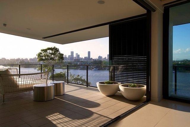 Penthouse Wohnung Mit Blick Auf Brisbane Fluss Outdoor Möbel Zum Relaxen