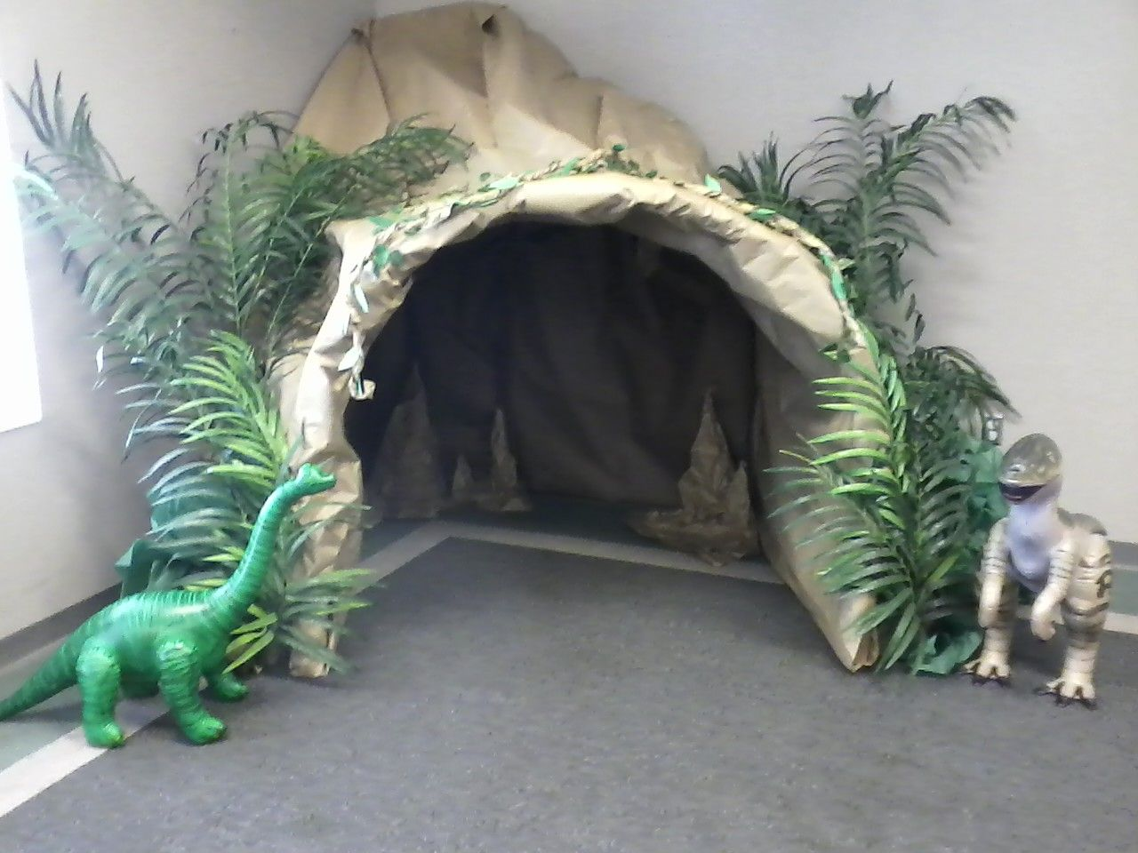 Summer reading cave graham public library i made this for Decor mural underground