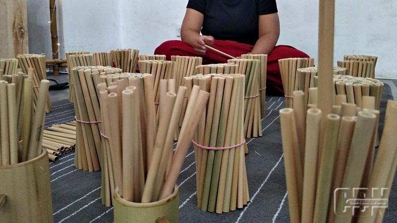 Warga Sleman Manfaatkan Peluang Bisnis Sedotan Bambu Kreatif