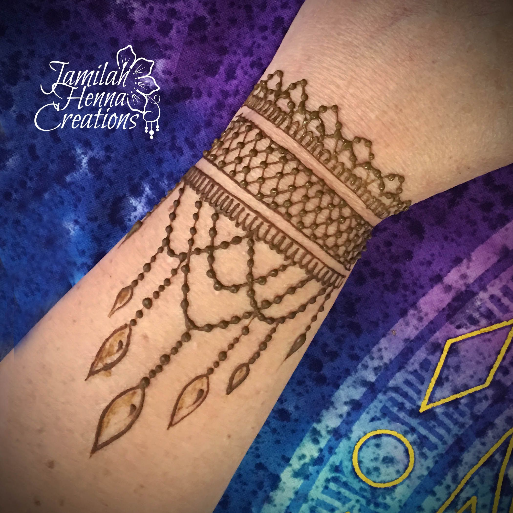 criss cross henna cuff henna pinterest hennas mehendi and. Black Bedroom Furniture Sets. Home Design Ideas