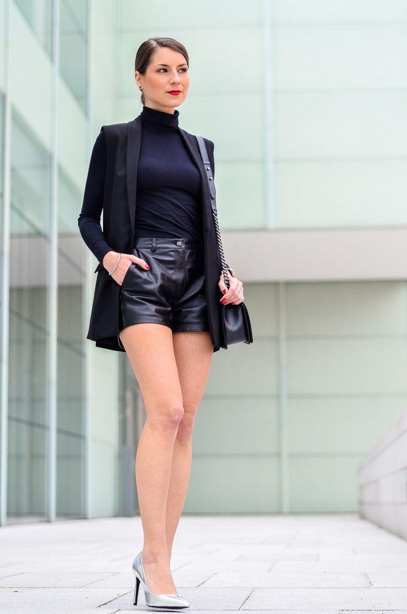 outfit sleek 39 n 39 chic longweste ledershorts outfit leder und beine. Black Bedroom Furniture Sets. Home Design Ideas