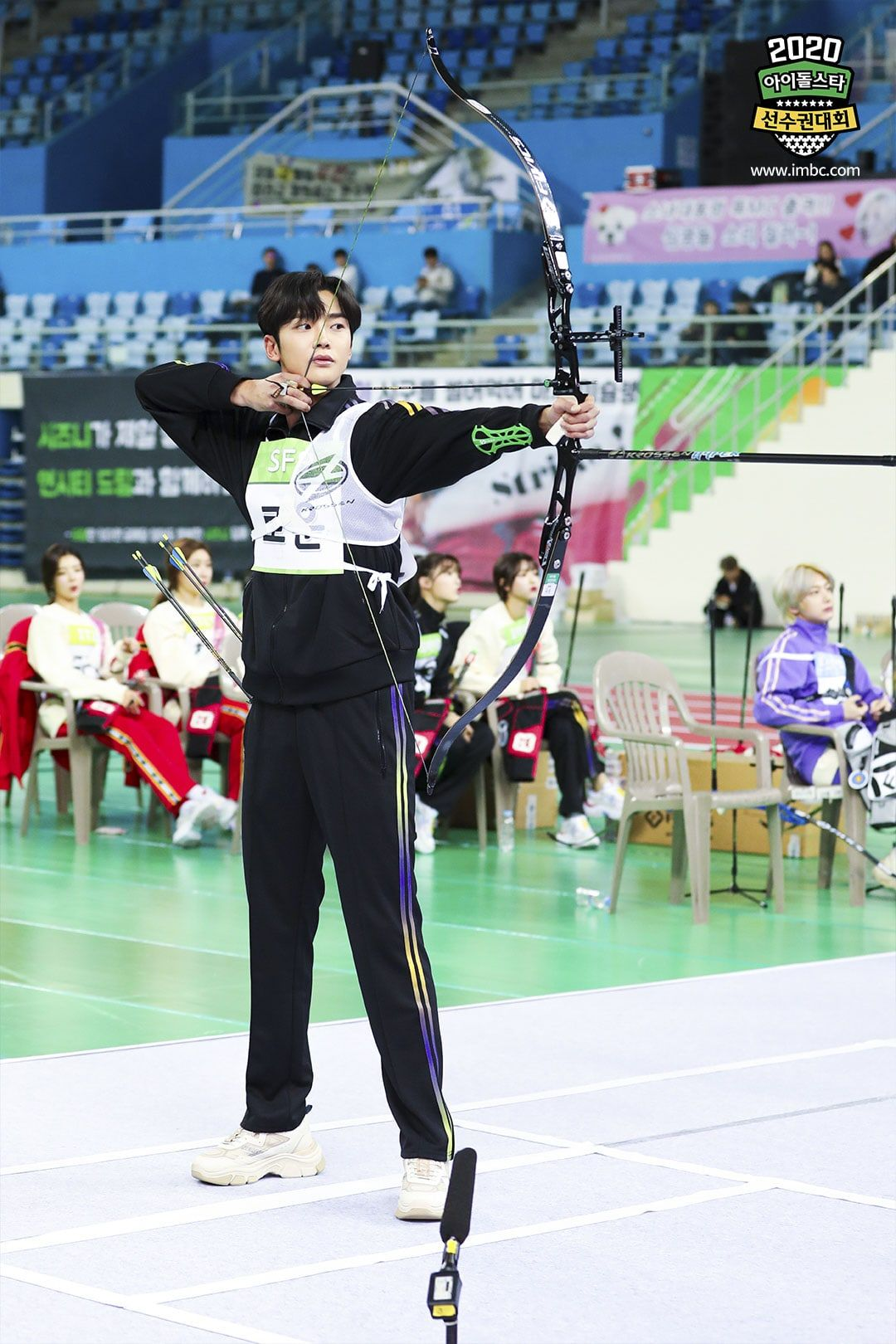 2020 Idol Star Athletics Championships Shares Exciting Glance At Competition For Pitching Archery And More Soompi In 2020 Sf9 Rowoon Sf9 Golden Child