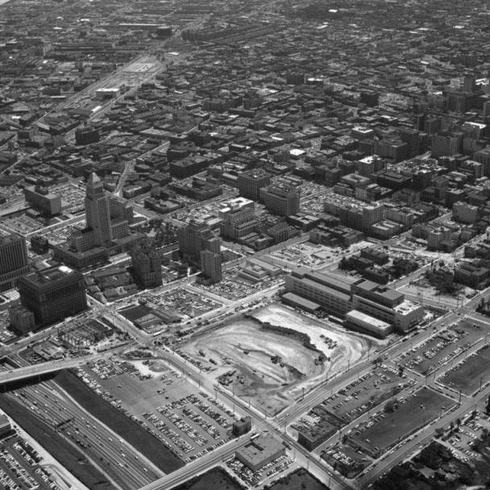 Title Supplied By Cataloger Aerial View Of Los Angeles Civic Center View Is Looking Southeast The Hollywood Free In 2020 Aerial View Downtown Los Angeles Los Angeles