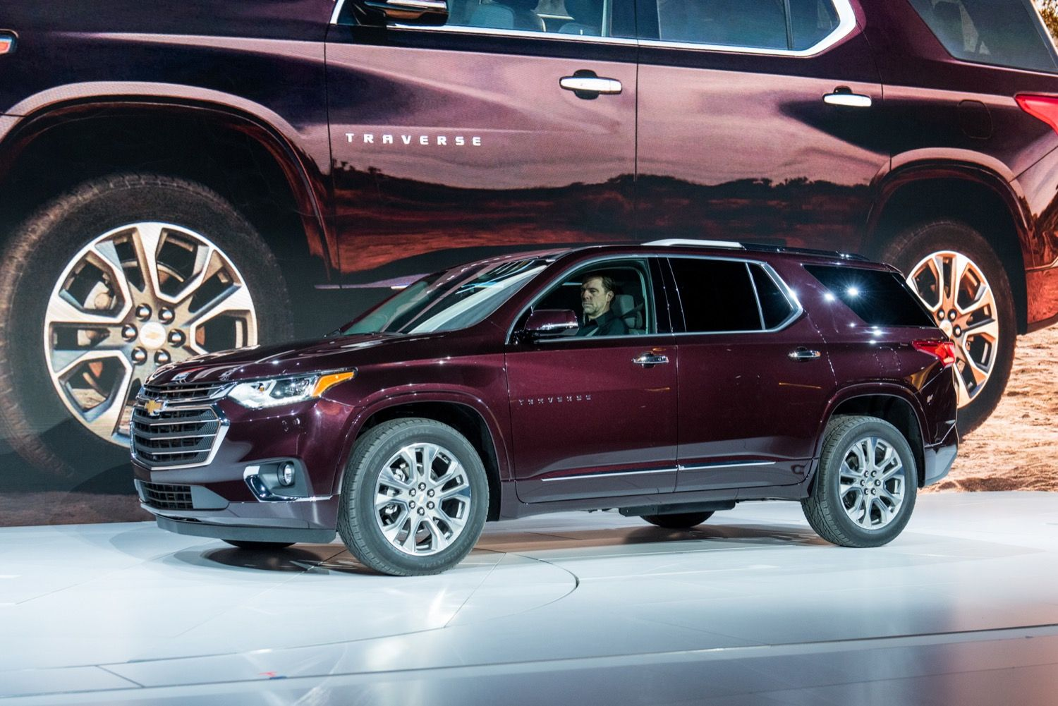 A Whole New Generation Of The Chevy Traverse Chevy Chevrolet Traverse Chevrolet