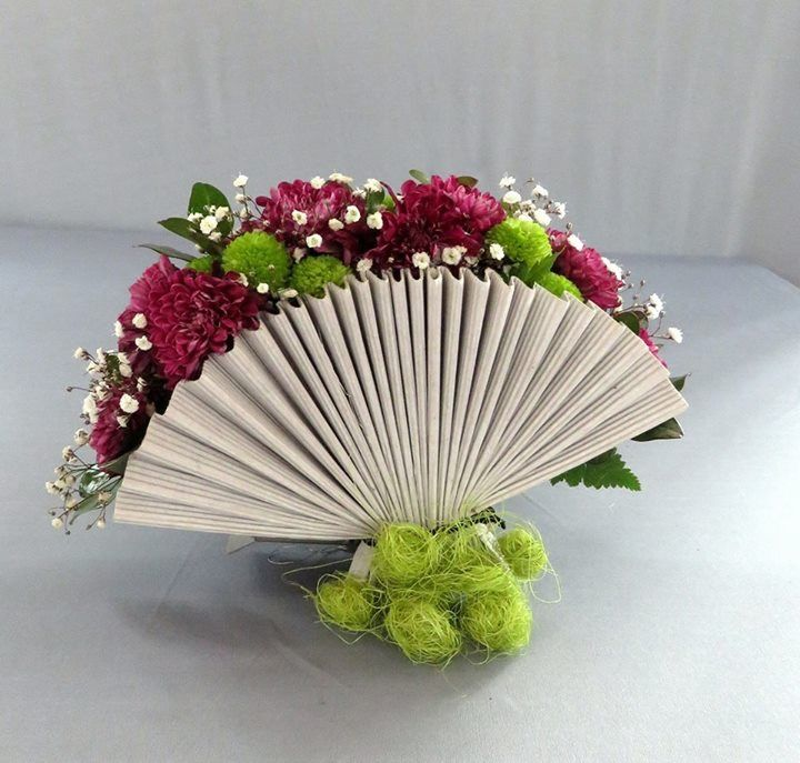 Pin de Neeta Pittie en Flower Arrangements Pinterest Arreglos - jardines navideos