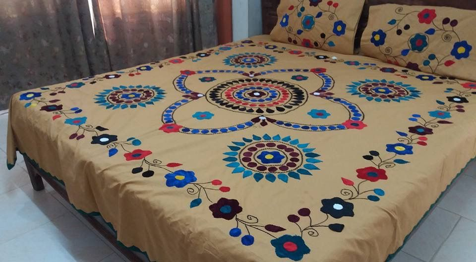 Pin By Jigna Ap On Bedsheets Designer Bed Sheets Bed Decor Bed