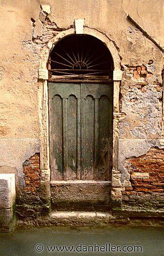 venice-door04.jpg doors, doors & windows, europe, images, italy, venecia…