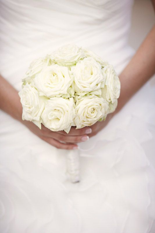 Flowers White Wedding Brautstrauss Weisse Rosen Roses Bouquet Fleur