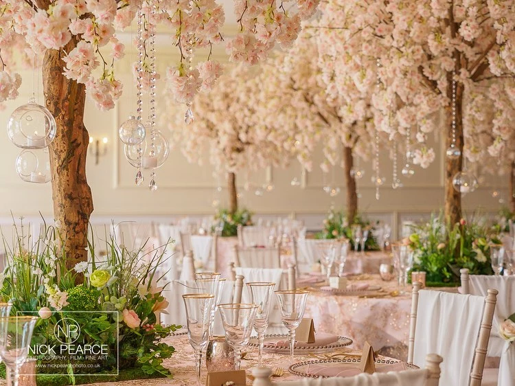 White Weeping Cherry Tree Pictures Blossom Tree Wedding Tree Wedding Centerpieces Tree Wedding