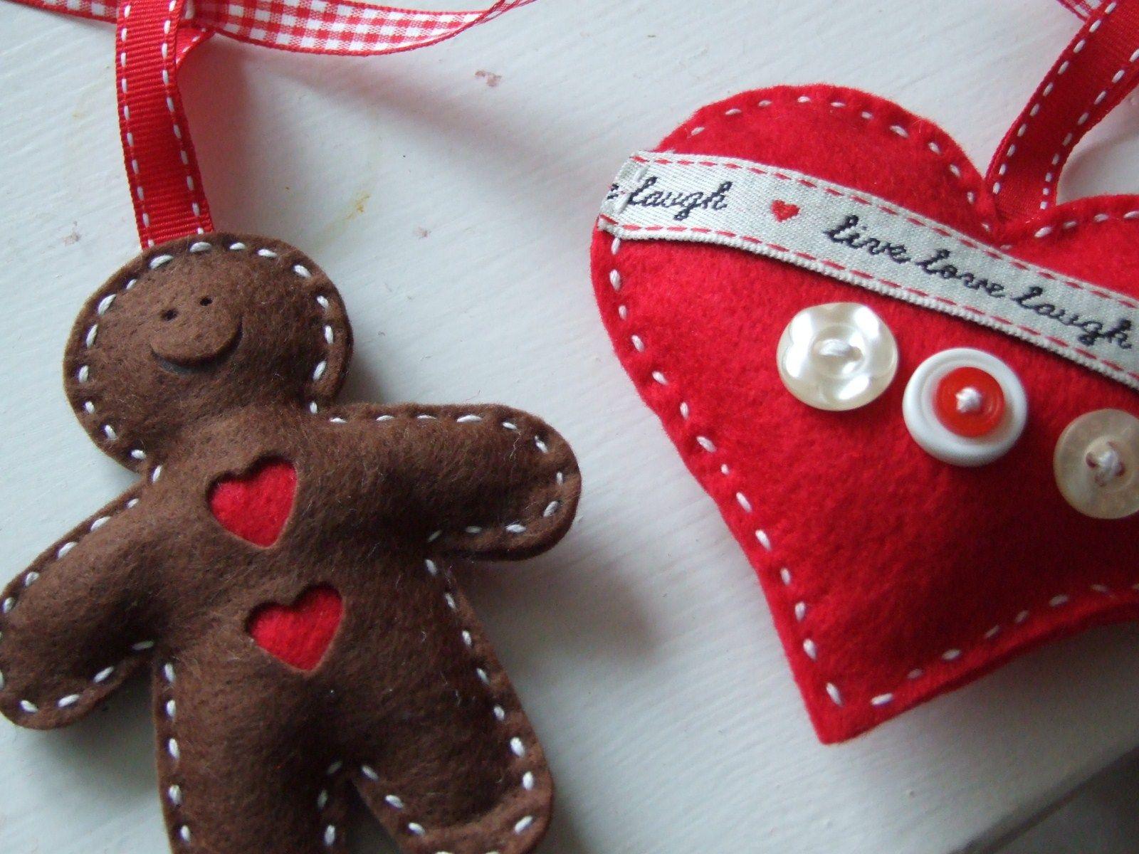 Heart & Gingerbread Felt Garland | Gingerbread | Pinterest
