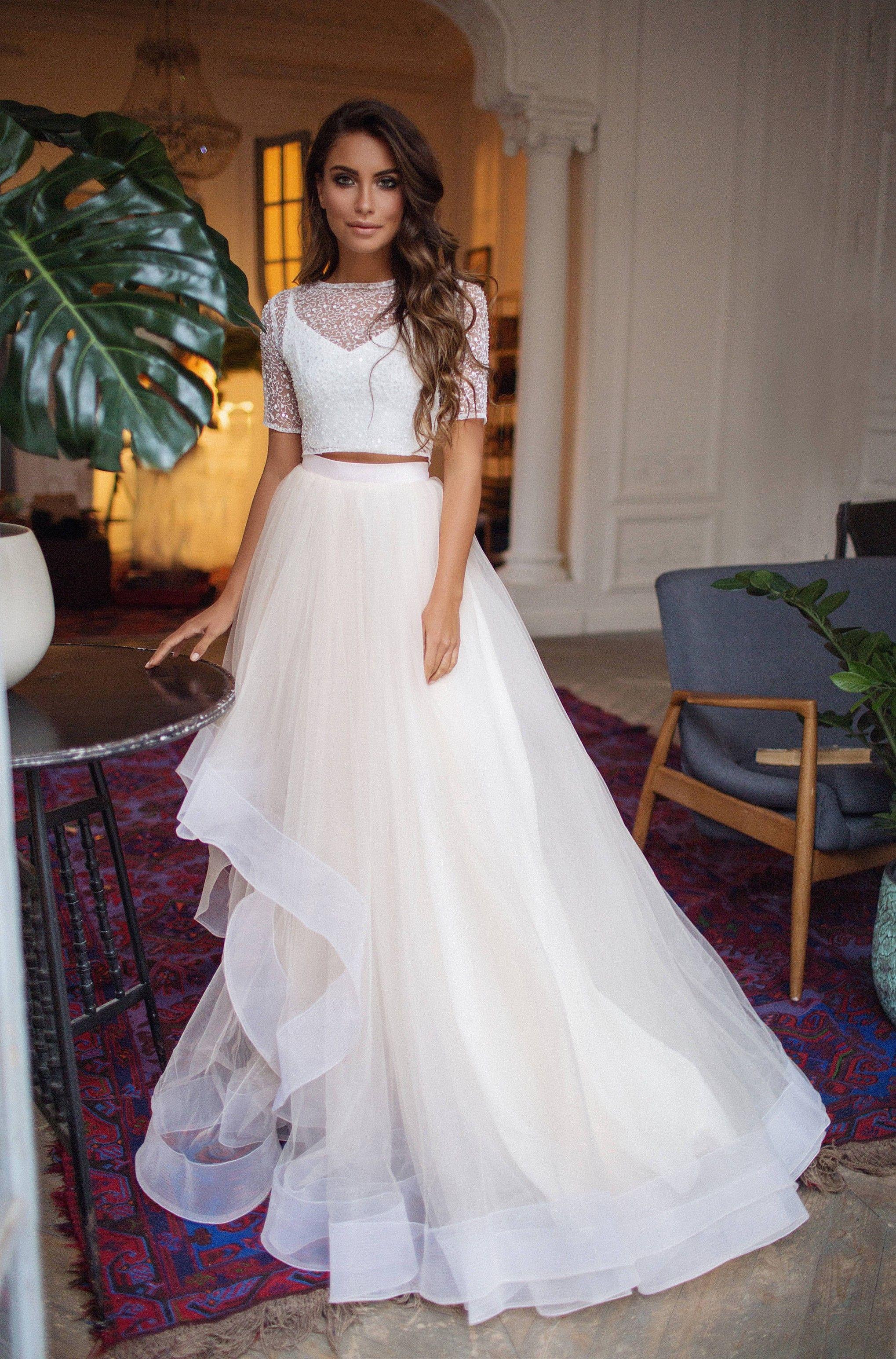 90+ Classy Looks Crop Top Bridal Wedding Dresses in 2020