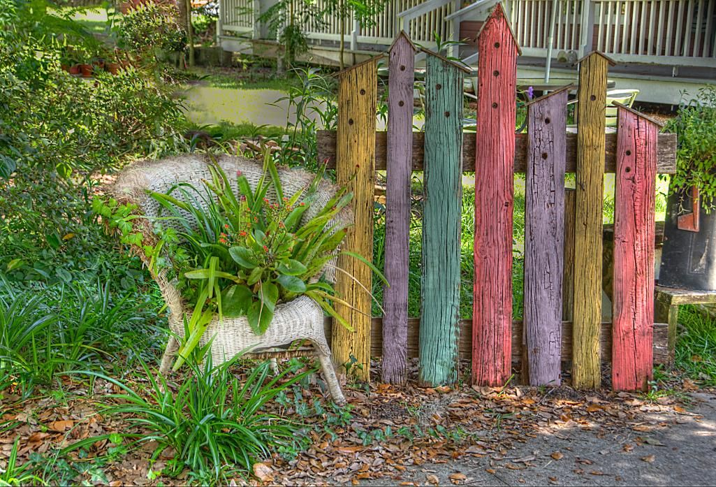 Love This Cute Idea For Reusing Old Fence Posts Or An Old Wooden