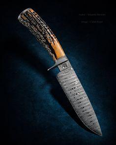 "Maker: Eduardo Berardo Blade Length: 5 7/8"" Overall Length: 12 1/4"" Ladder Pattern Damascus #knife #knifecommunity #handmade #knives #customknives #knifepics #handmadeknives #calebroyerphotography #knifeart #knifemaking"