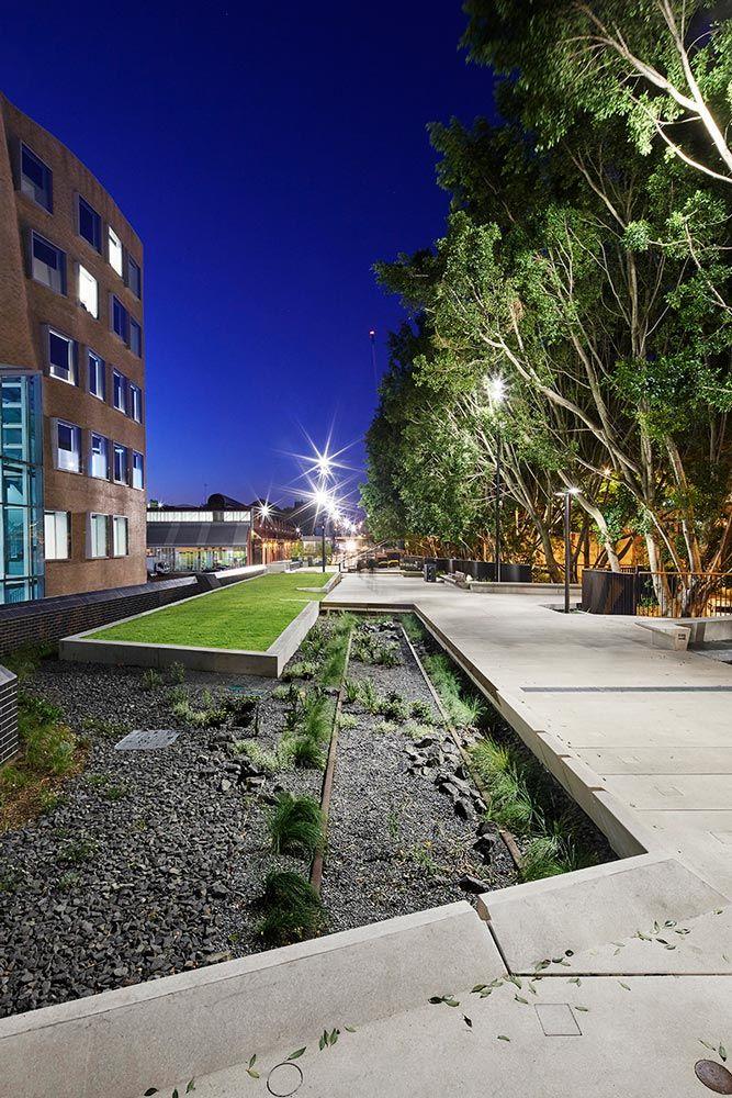 The goods line aspect studios chrofi 17 landscape for Aspect landscape architects