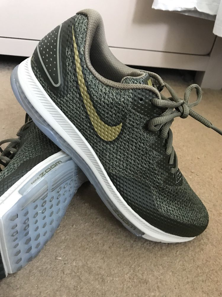 1c210fd35dd6 Nike Air max zoom trainers 100% genuine size uk9 only been used once paid  £125