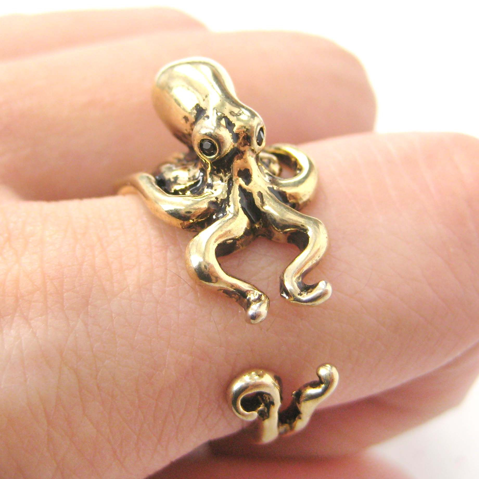 3d octopus squid animal hug wrap ring in shiny gold