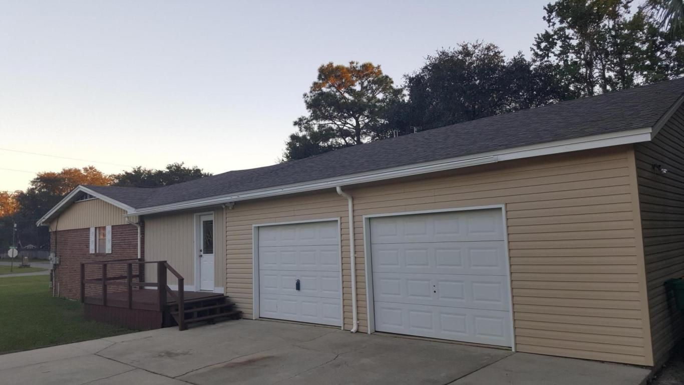 The Amazing And Also Lovely Fort Walton Garage Door For Your Own Home