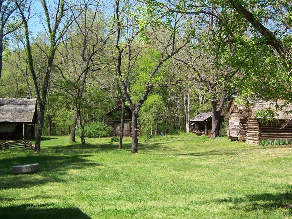 Walnut Grove Plantation outbuildings, Spartanburg County