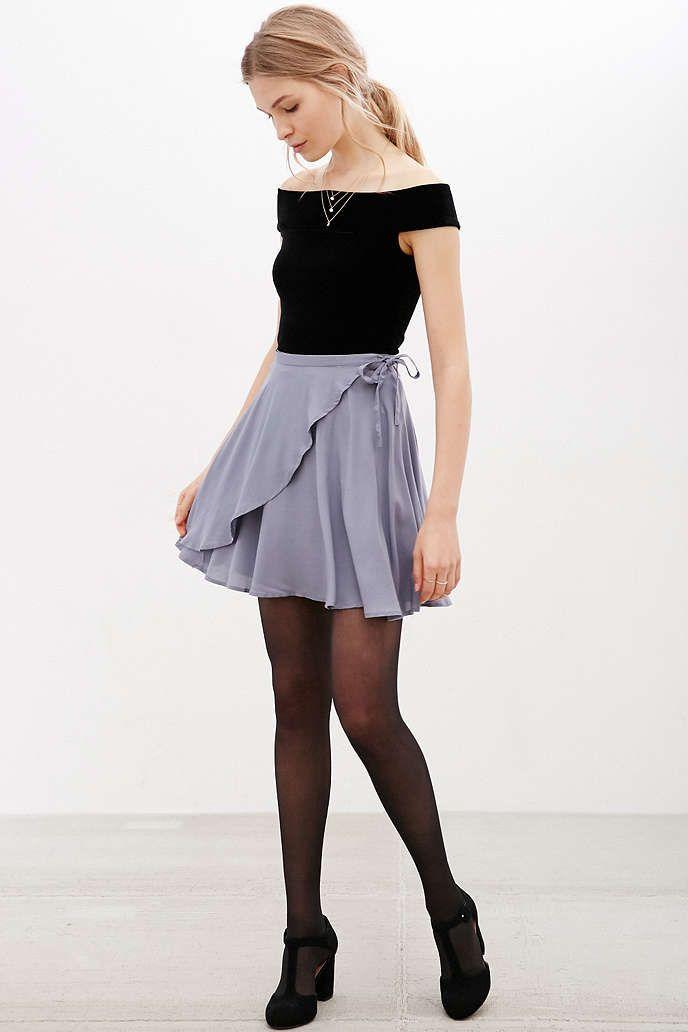 c8540d387 Minijupe Ballet drapée Kimchi Blue - Urban Outfitters | Accessories ...