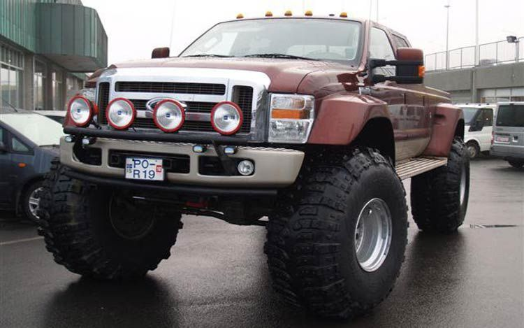 ford f250 Nice big tires