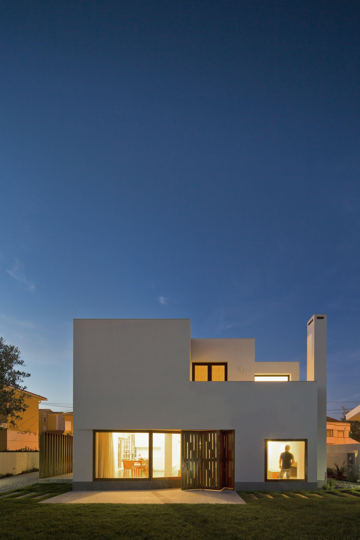 Casa em Pêro Pinheiro / brunosilvestreARCHITECTURE