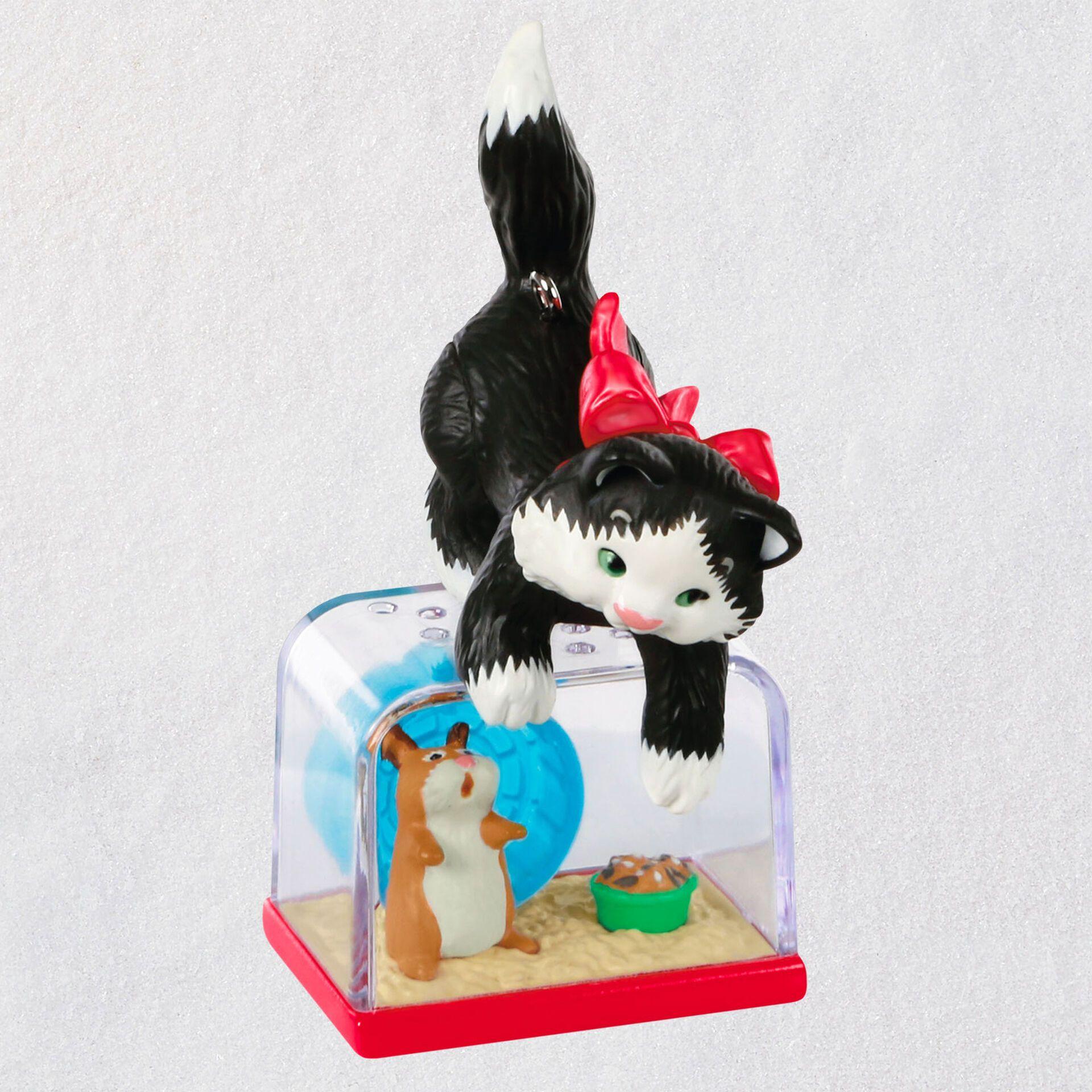 Mischievous Kittens Ornament In 2020 Hallmark Christmas Ornaments Hallmark Disney Ornaments Christmas Keepsakes