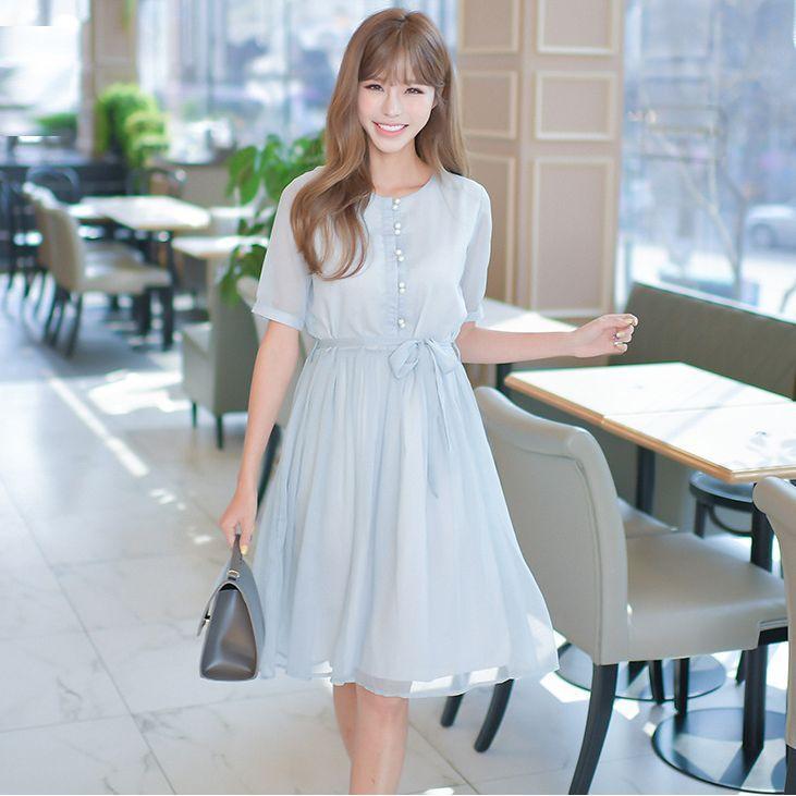 珍珠扣小清新百褶系带连衣裙