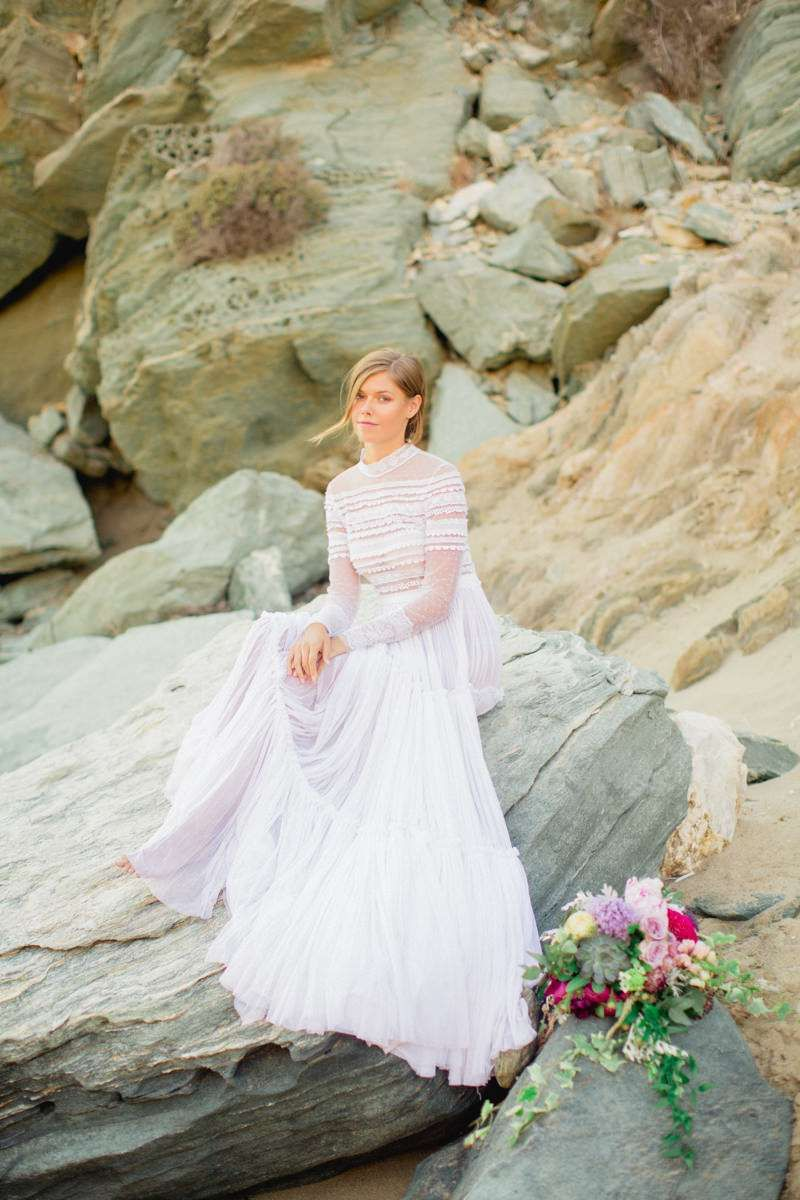 Ios Wedding | The Aegean Sea Sparkles in this Greek Wedding #aegeansea