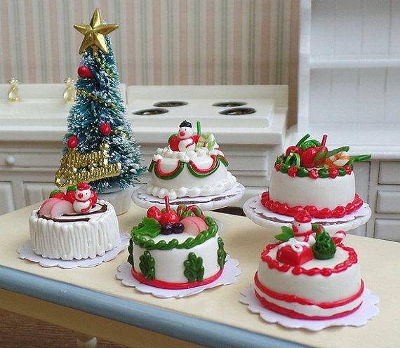 Handmade Christmas Cake 1:12 Scale Dolls House Miniature Food Handmade Xmas