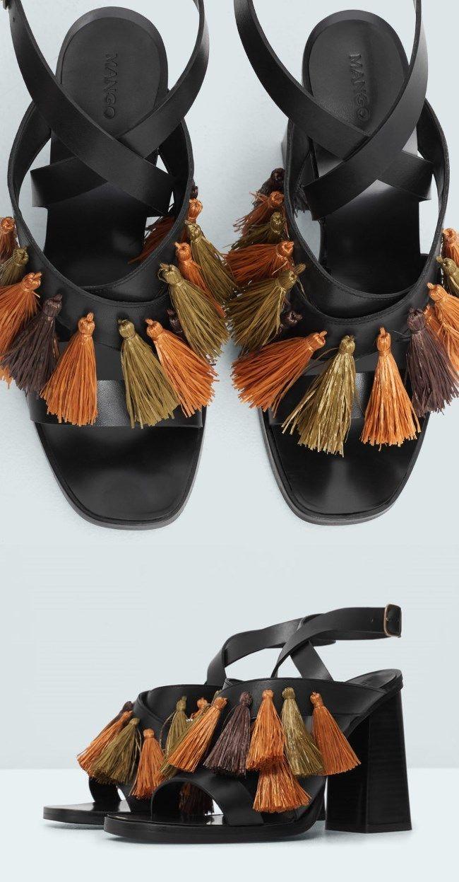 2c5abea4188be Printemps Été 2016, Sandales Pompons, Talons, Chaussure, Sandales En Cuir,  Chaussures