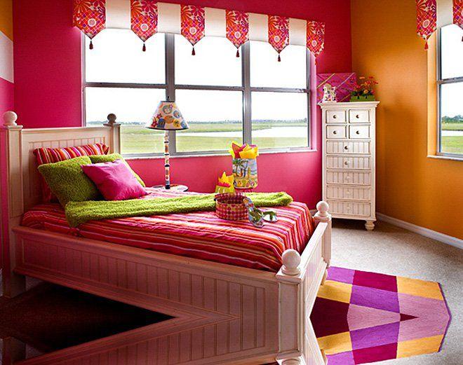 teen bedroom  looks like Julie the American girl doll room. teen bedroom  looks like Julie the American girl doll room