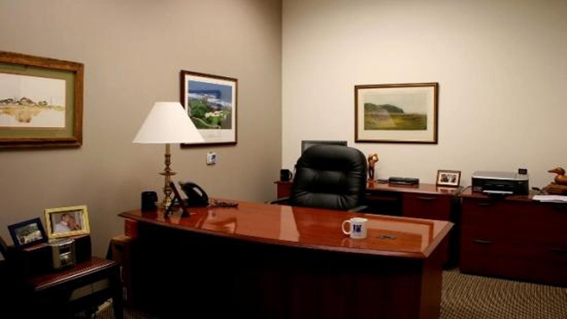Simple Office Room Interior Office Room Furniture Office Wall