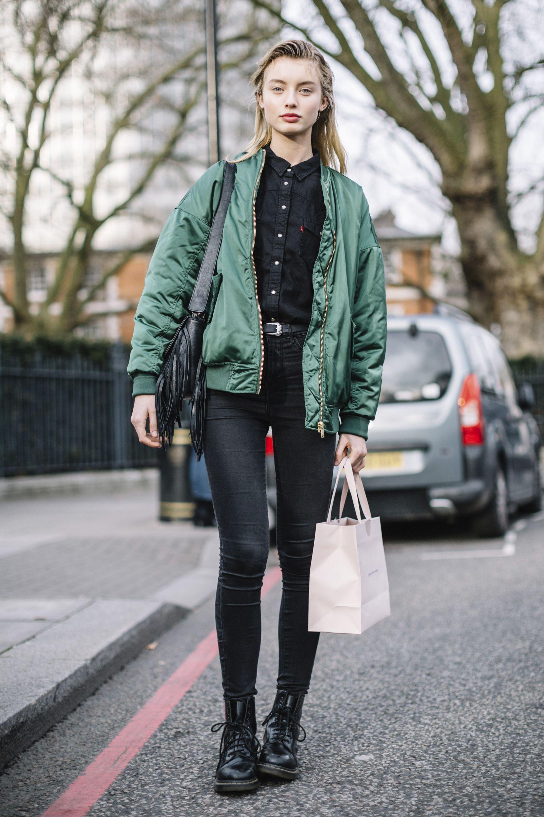 Fashion london week fall models off duty photo