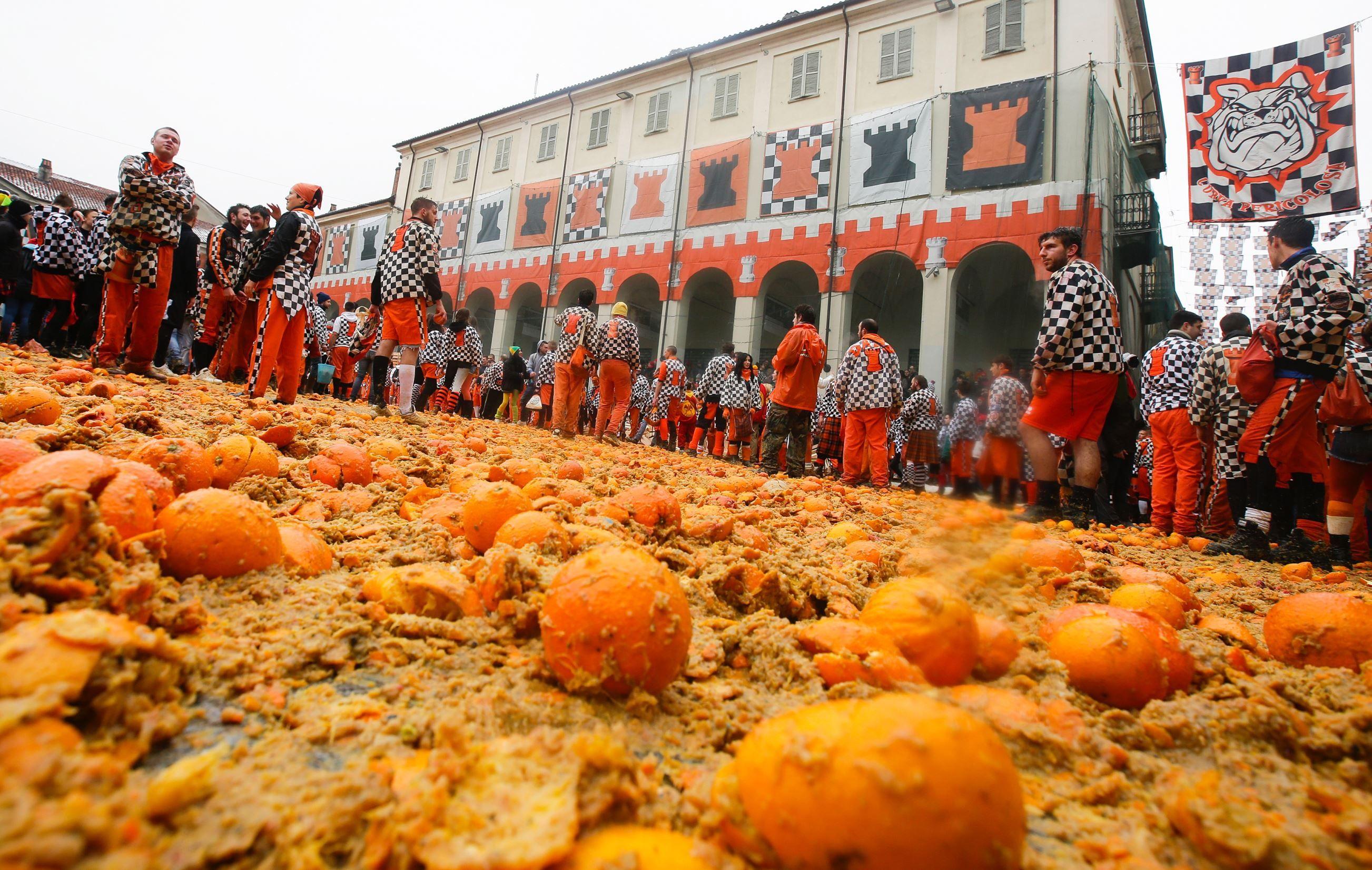 13 Best Ivrea Carnival ideas   ivrea, carnival, battle