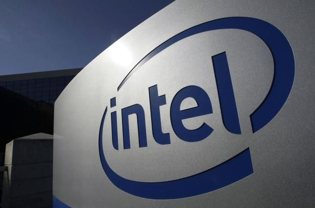 Intel's vision for wearable tech includes shirts, not watches - http://www.tripletremelo.com/intels-vision-for-wearable-tech-includes-shirts-not-watches/