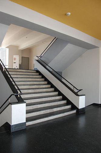 The Bauhaus Bauhaus interior, Bauhaus architecture
