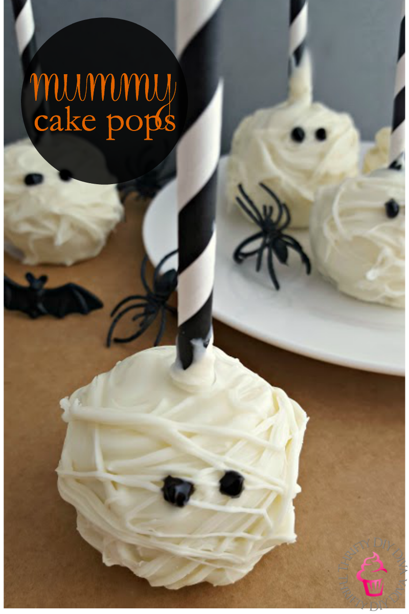 18 Halloween Cake Pops That Are Almost Too Cute to Eat | Apple ...